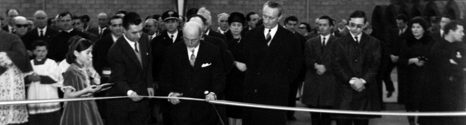 Cerimonia di inaugurazione di Acciaitubi, leader nella produzione tubi di acciaio