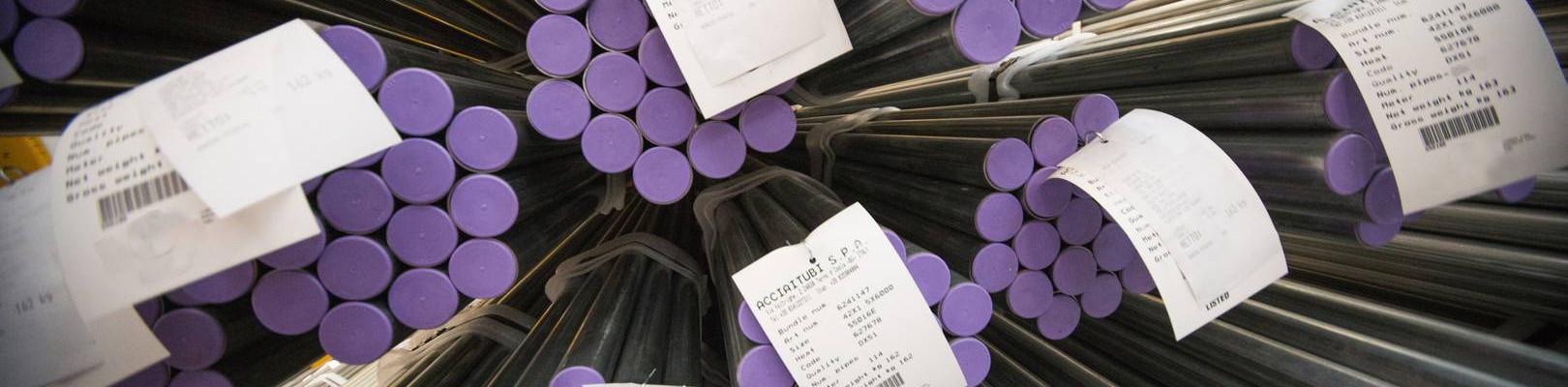La gamma di tubi in acciaio presso stabilimento Acciaitubi